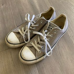 Converse Gray White Lace Sneakers Size 9. OO